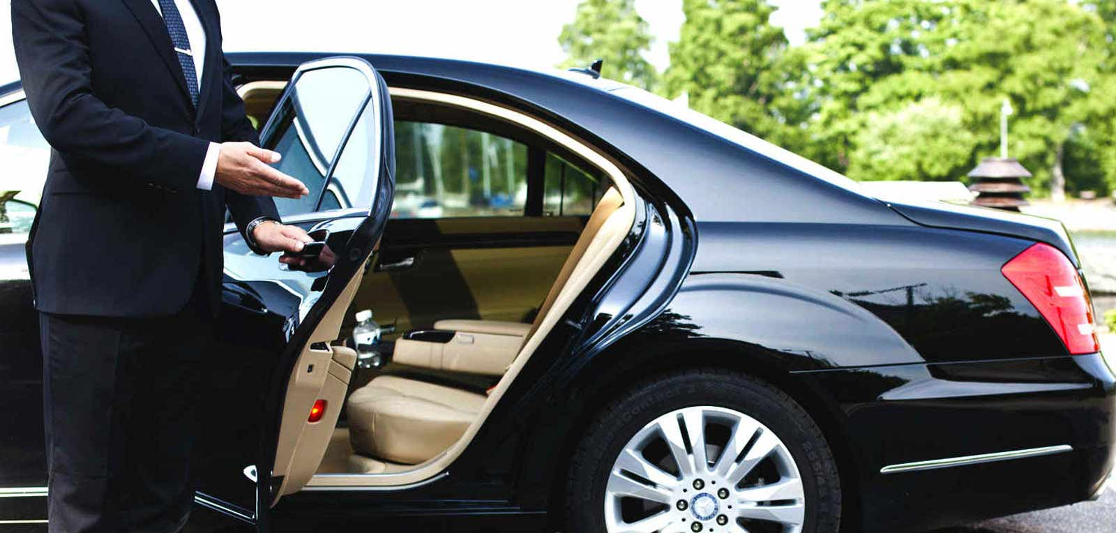 maxi and limousine service singapore